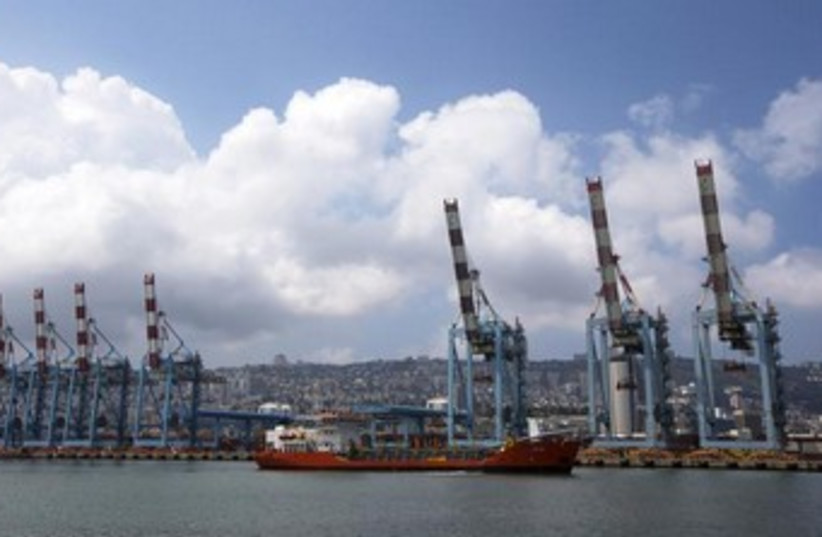 Cranes are seen at the port of Haifa 370 (photo credit: REUTERS/Ronen Zvulun)