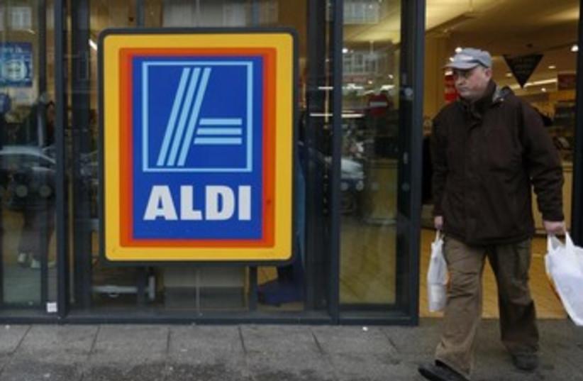 Aldi supermarket 370 (photo credit: REUTERS)