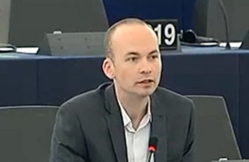 MEP Paul Murphy 370 (photo credit: YouTube Screenshot)