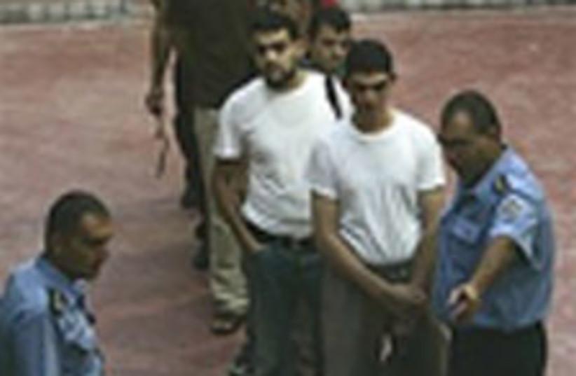 Echange prisonniers (photo credit: AP)