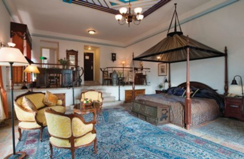 American Colony Hotel (photo credit: Mikaela Burstow Uziel)