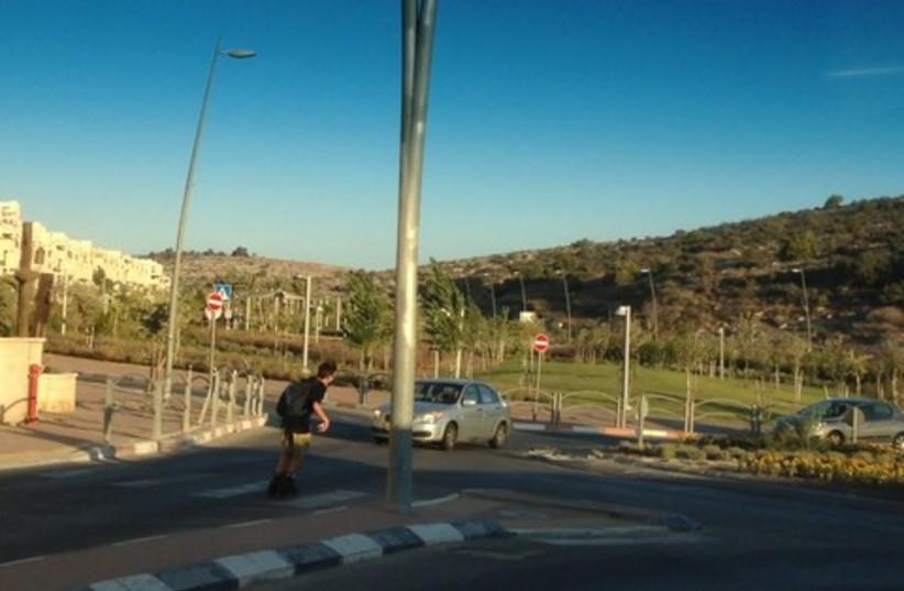 Child at crosswalk (photo credit: Reuven Ben-Shalom)