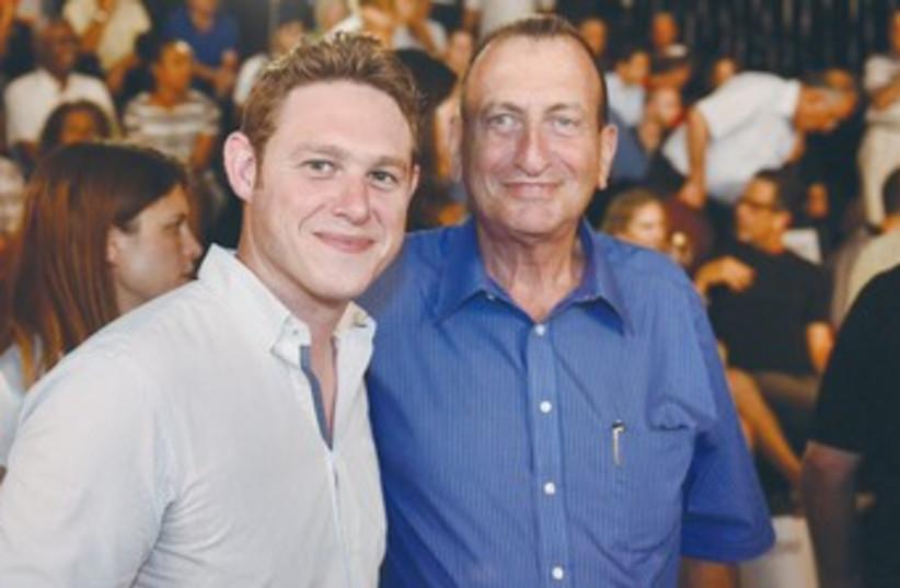 JONATHAN JAVOR with Tel Aviv Mayor Ron Huldai 370 (photo credit: Tal Duek)
