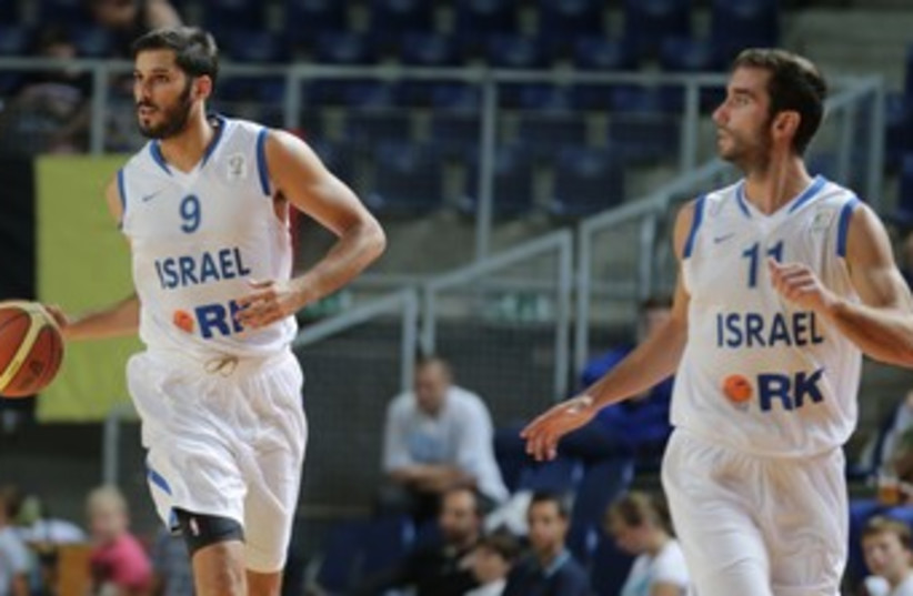 Omri Casspi and Yogev Ohayon370 (photo credit: (IBA/courtesy))