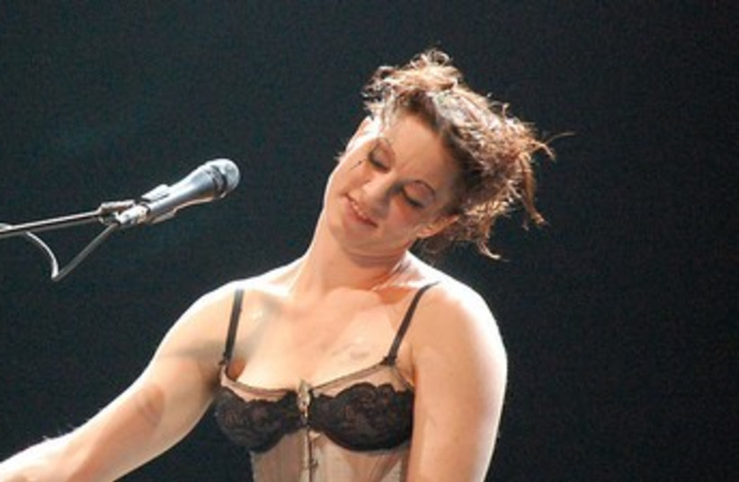 US singer Amanda Palmer 370 (photo credit: Mykal Burns/Wikimedia Commons)