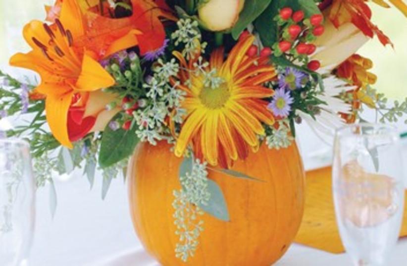Floral centerpiece 370 (photo credit: courtesy)