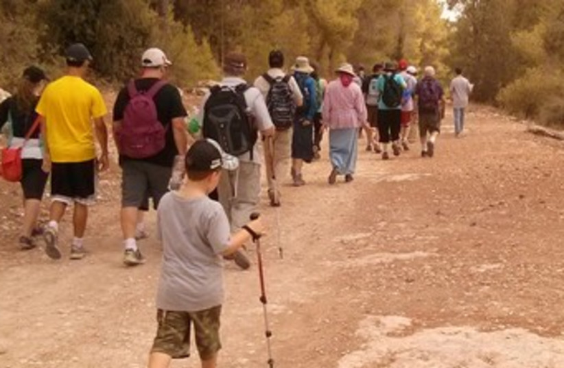 Participants in the Kilometers for Koby hike 370 (photo credit:  Dena Wimpfheimer)