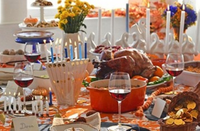 Thanksgiving and Hanukkah 390 (photo credit: Buzzfeed)