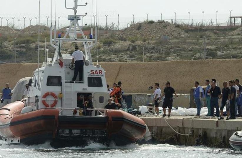vessel boat migrants dead 370 (photo credit: REUTERS)