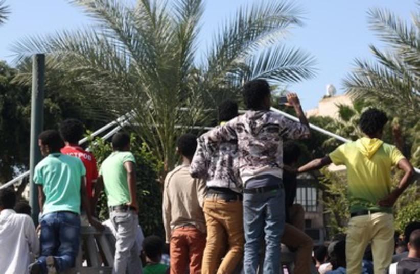 Eritrean memorial service for lampedusa disaster, Tel Aviv.