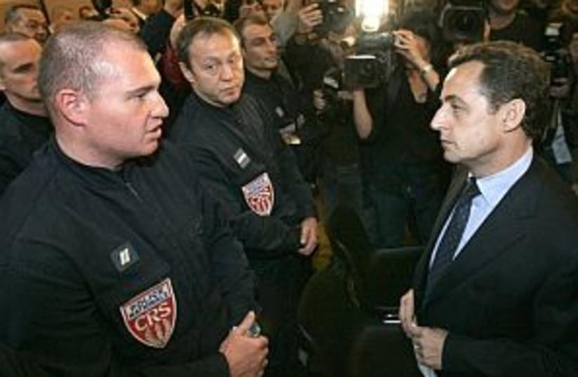 france riots 298 (photo credit: AP)