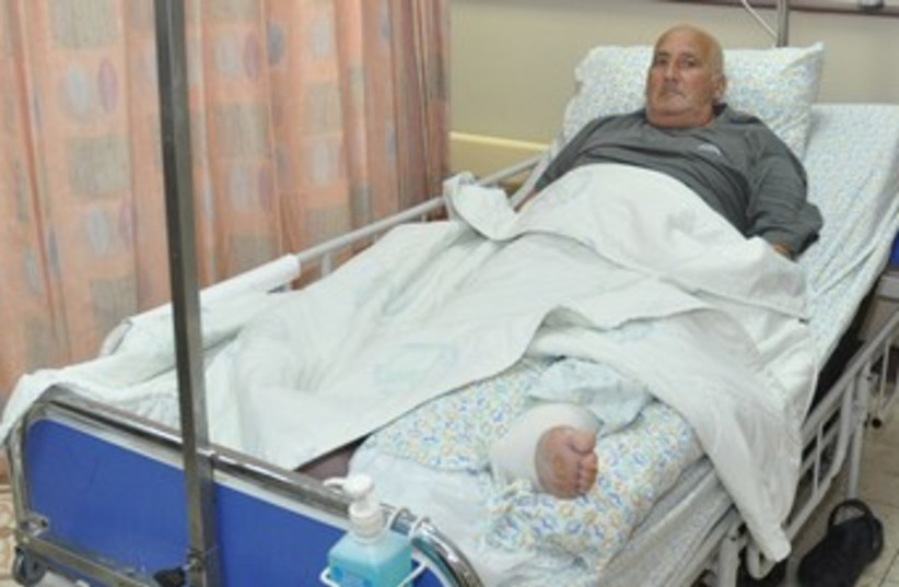 Shlomo Lankri in hospital 370 (photo credit: Courtesy Emek Medical Center)