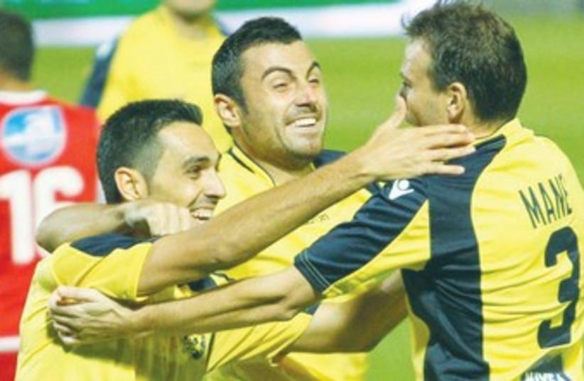 Maccabi Tel Aviv's Eran Zahavi  370 (photo credit: Adi Avishai)