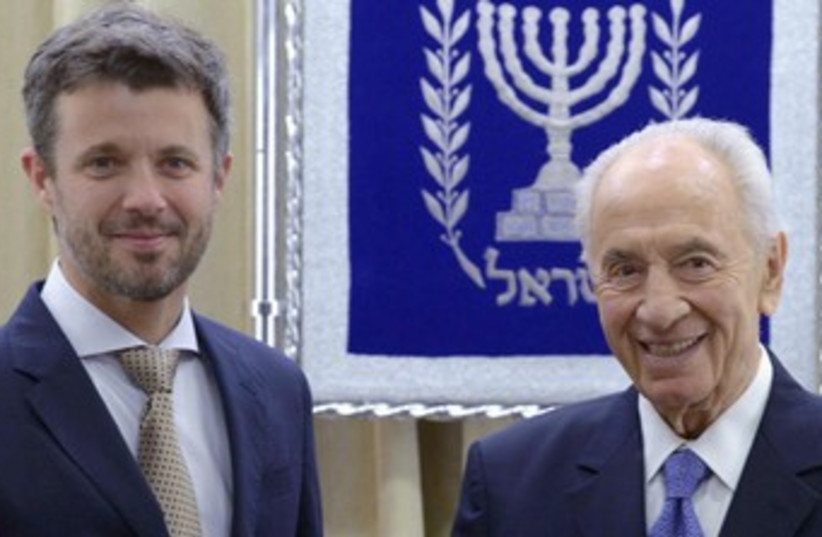denmark price peres 370 (photo credit: Courtesy, Office of the President)