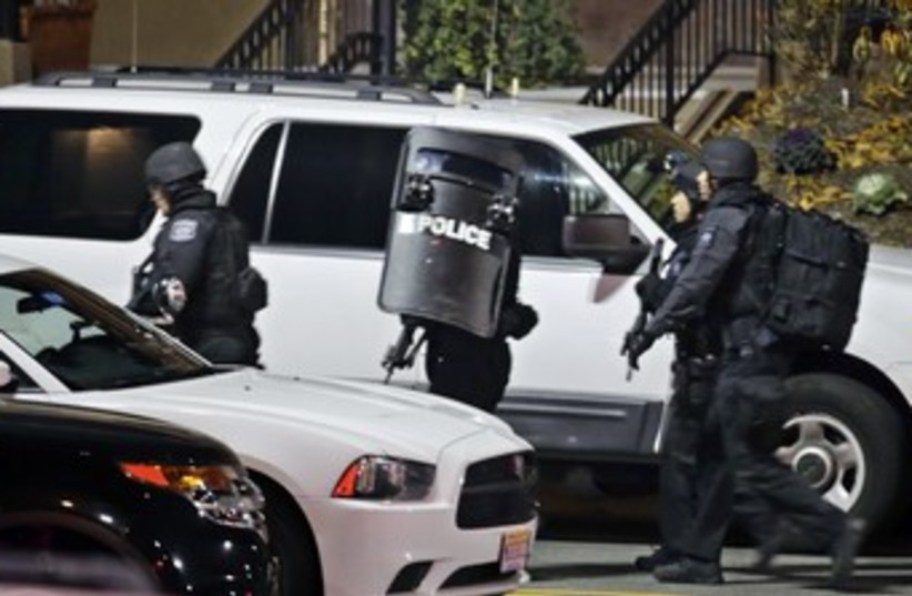 New Jersey mall shooting 370 (photo credit: REUTERS)