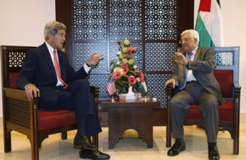 Kerry and Abbas Novebmer 6 2013 2 370 (photo credit: REUTERS)