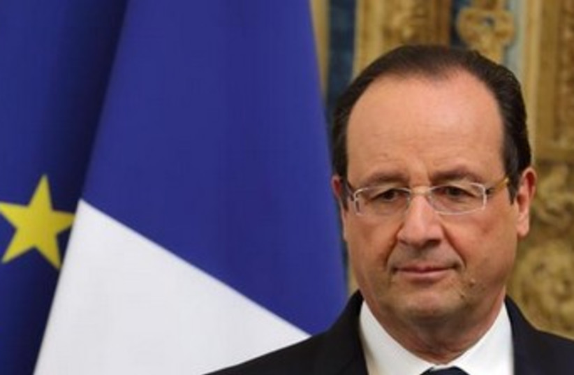 French President Francois Hollande 370 (photo credit: REUTERS/Philippe Wojazer)
