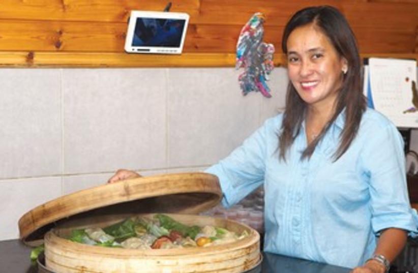 Filipina chef Vilma Magpantay (photo credit: Anatoly Michaelo)