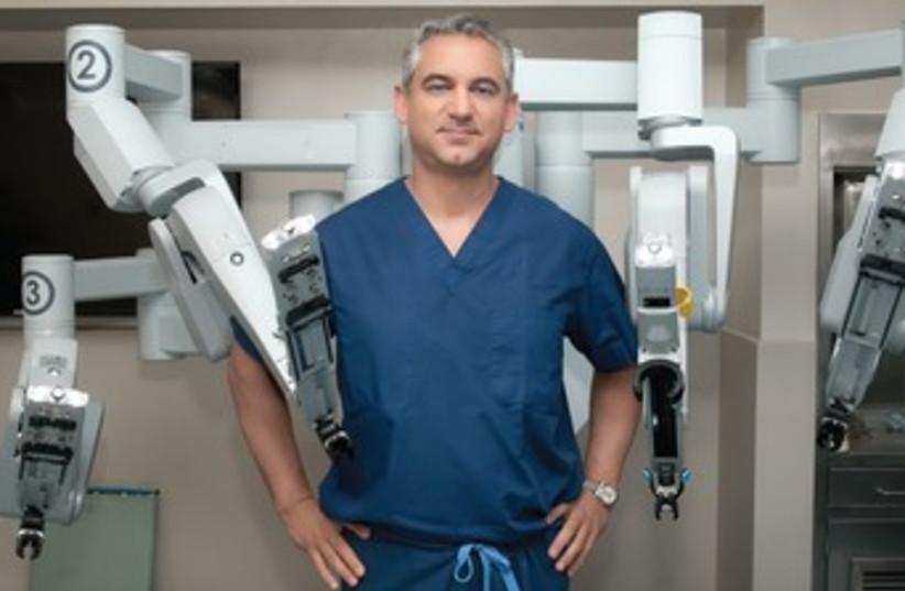 Da Vinci Robot Improves Prostate Cancer Surgery The Jerusalem Post