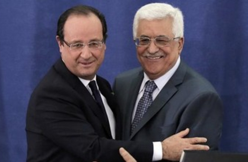 French President Francois Hollande and PA Pres. Abbas 370 (photo credit: REUTERS)