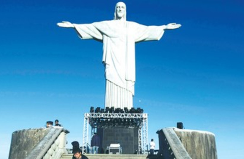 THE 'CHRIST the Redeemer' statue in Rio de Janeiro 370 (photo credit: REUTERS)