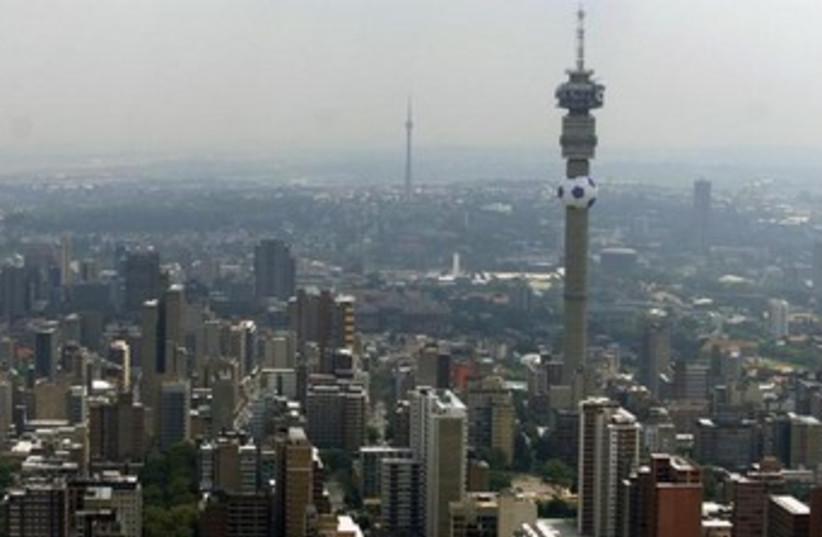 Johannesburg skyline 370 (photo credit: REUTERS)