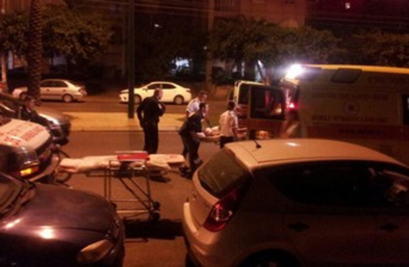 Site of stabbing in Netanya 370 (photo credit: A. Yakab/ News 24)