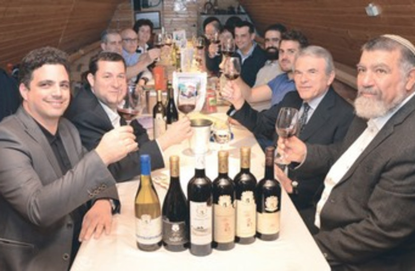 Eight Italian winemakers visit a Samaria winery 370 (photo credit: Meir Berechya )