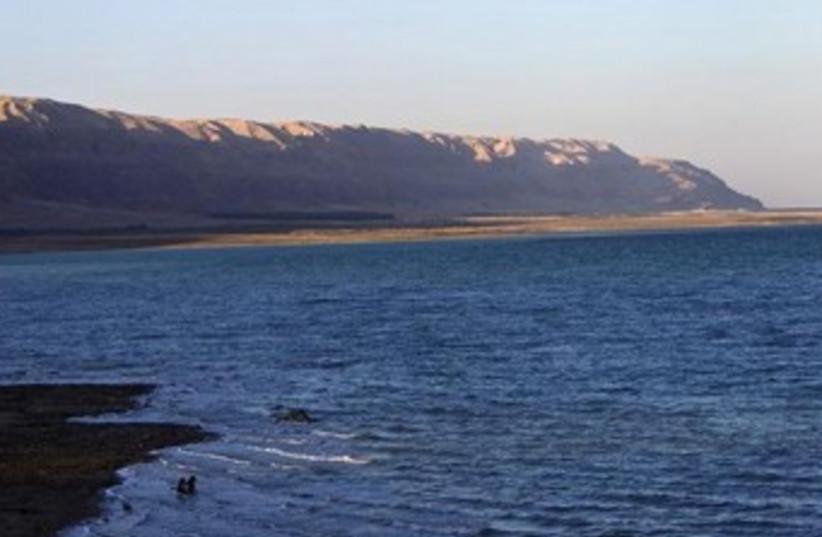Dead Sea 370 (photo credit: REUTERS)