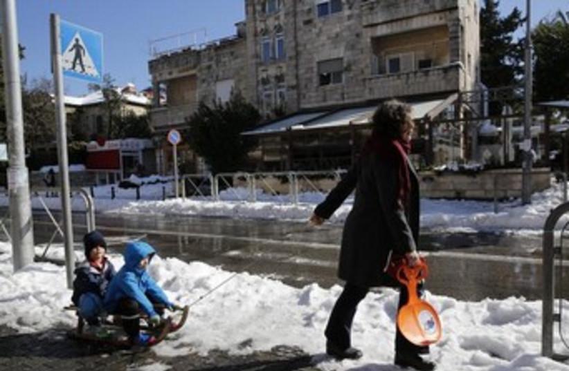 Jerualem sled 370 (photo credit: Reuters)