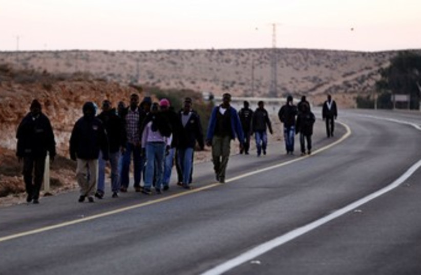 African migrants march to Jerusalem 370 (photo credit: REUTERS)
