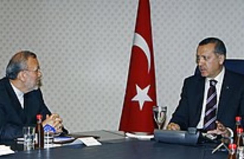 iran turkey talks 224 88 (photo credit: )
