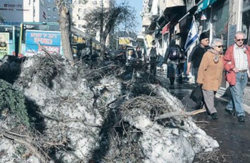 Storm aftermath 370 (photo credit: Marc Israel Sellem/The Jerusalem Post)