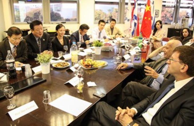 Israeli and Chinese academics sign cooperation agreement (photo credit: Yossi Alterman)