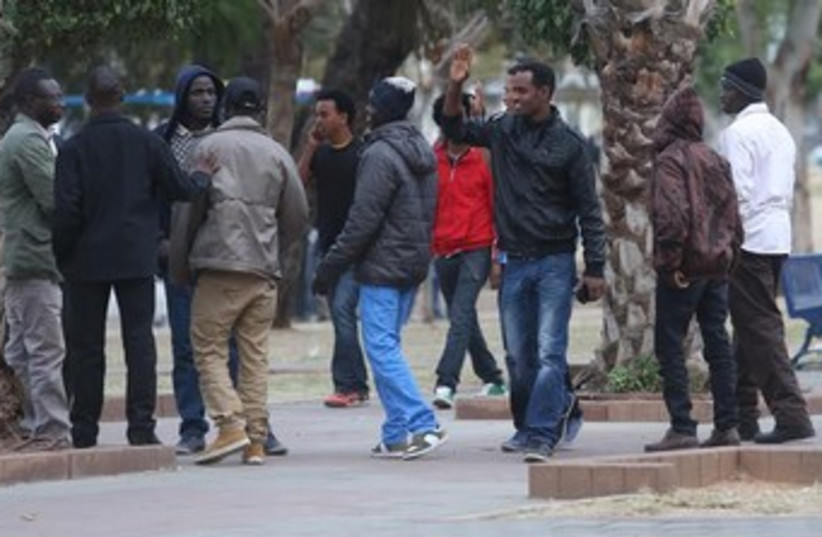 African migrants at Lewinsky Park in Tel Aviv, January 9, 2014. (photo credit: Marc Israel Sellem/The Jerusalem Post))