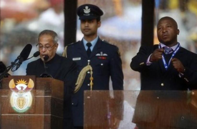 Sign language interpreter at Nelson Mandela's funeral. (photo credit: Reuters)