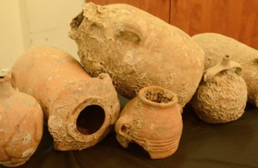 Ancient Pottery (photo credit: Israel Antiquities Authority)