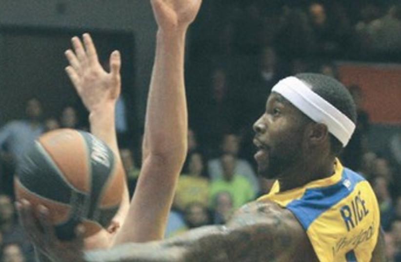 Maccabi Tel Aviv's Tyrese Rice  (photo credit: Adi Avishai)
