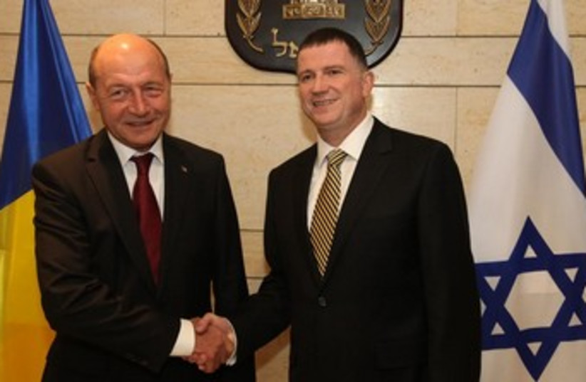 Romanian President Traian Băsescu and Knesset Speaker Yuli Edelstein at the Knesset, January 21, 2014. (photo credit: KNESSET)