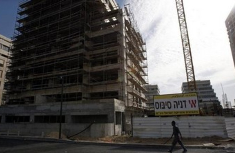 Africa Israel construction site in Tel Aviv. (photo credit: REUTERS)