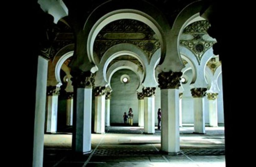 Synagogue Santa Maria La Blanca de Toledo (photo credit: REUTERS)