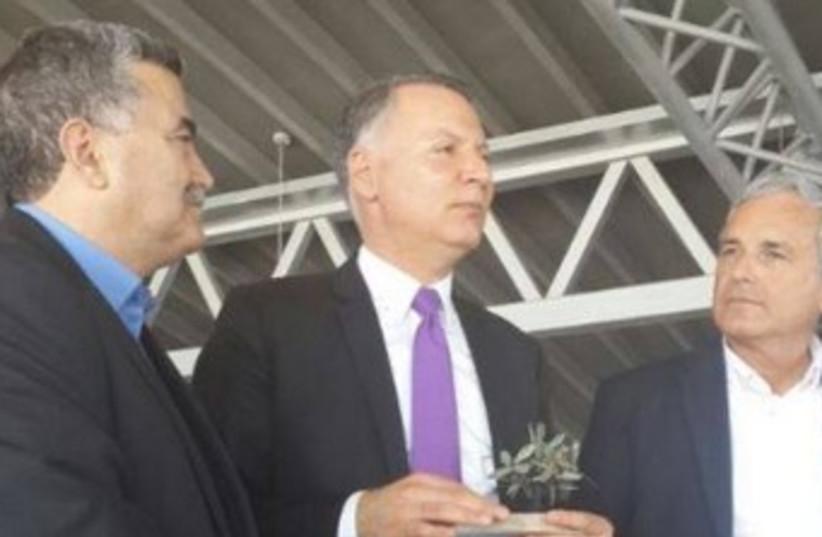 L-R: Environmental Protection Minister Amir Peretz, Bashar al-Masri, Environment Ministry Director-General David Lefler (photo credit: FACEBOOK)