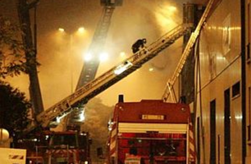 paris riots 298 ap (photo credit: AP)