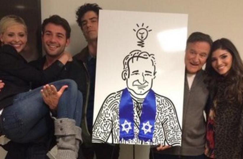 Robin Williams (photo credit: Courtesy)