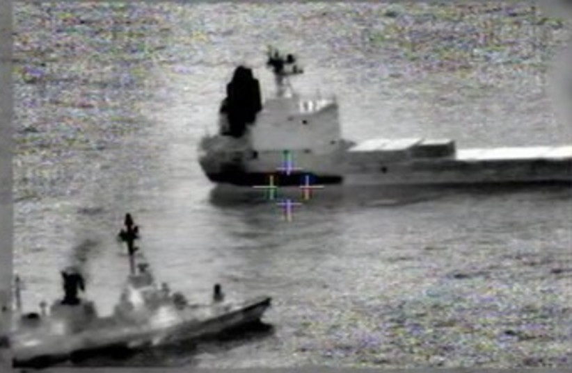 Navy in action during Iranian arms ship seizure (photo credit: IDF)
