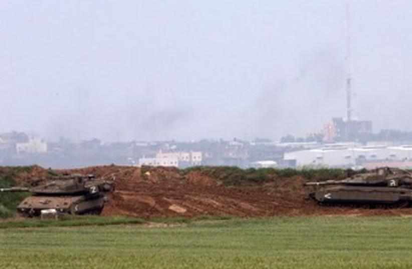IDF on Gaza border, March 13, 2014. (photo credit: MARC ISRAEL SELLEM)
