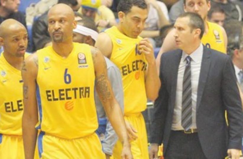 Maccabi Tel Aviv players (photo credit: ADI AVISHAI)