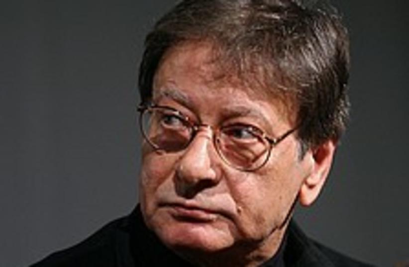 Mahmoud Darwish 224.88 (photo credit: AP)