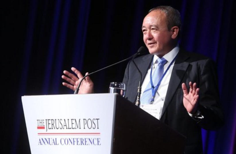 Former Navy commander Admiral (Res.) Eliezer Marom speaks at the Jerusalem Post Annual Conference, April 6, 2014. (photo credit: MARC ISRAEL SELLEM/THE JERUSALEM POST)