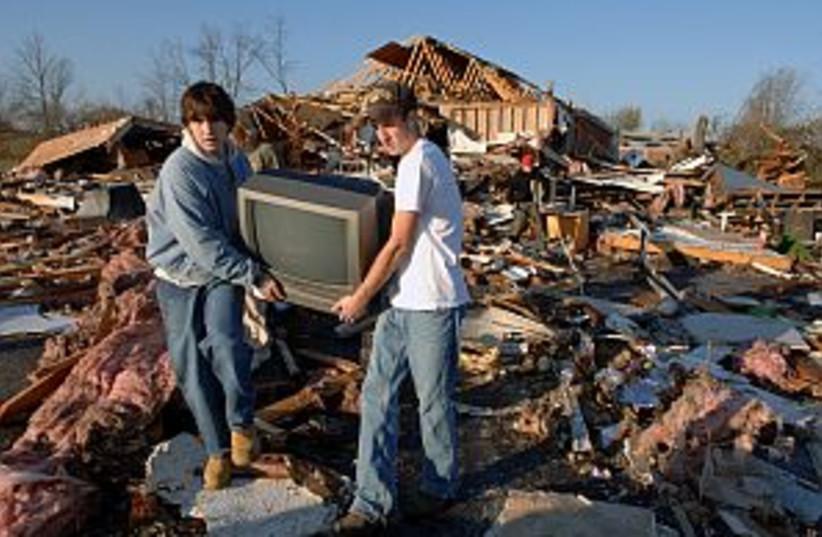 tornado rubble 298.88 (photo credit: AP)